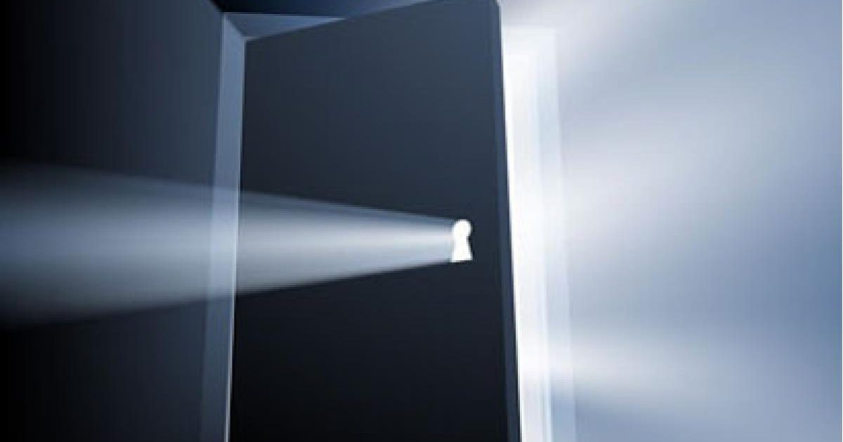 ドアの夢にはもう一つ、秘密のメッセージが存在する!?