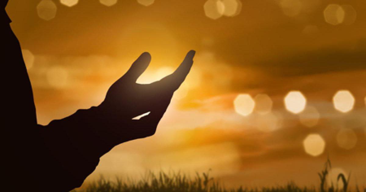 夢の中で祈るのは、あなたの心の中にある無力な気持ち! 祈る夢